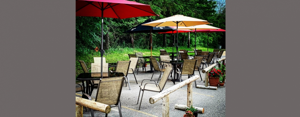 Enjoy outdoor dining!